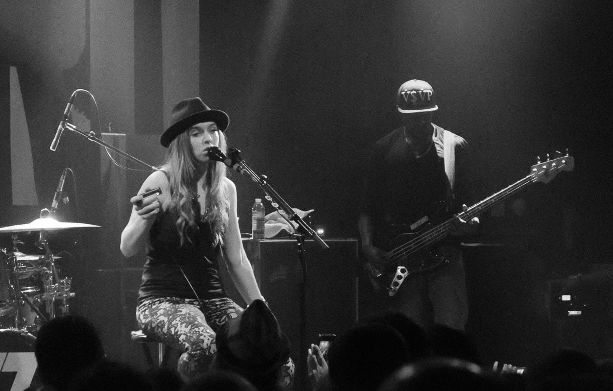 ZZ Ward (with Shadarius Shields)
